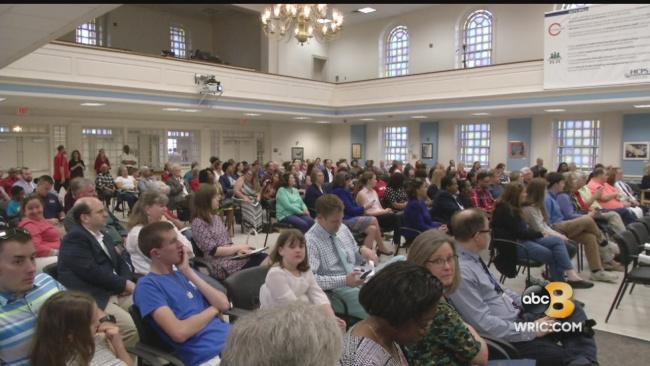 Parents, faith leaders confront Henrico School Board over 'reading crisis'